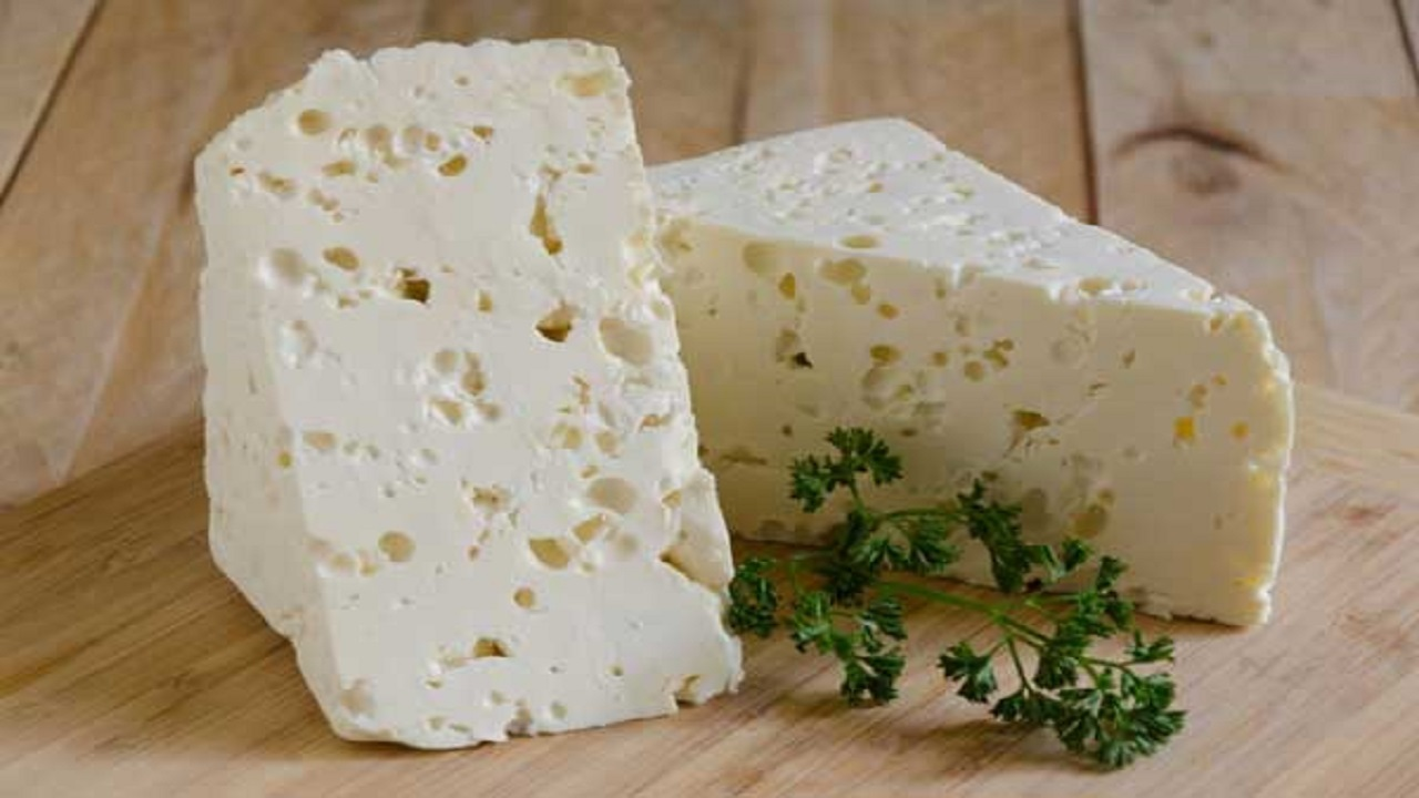 How to make a simple and economical homemade cheese