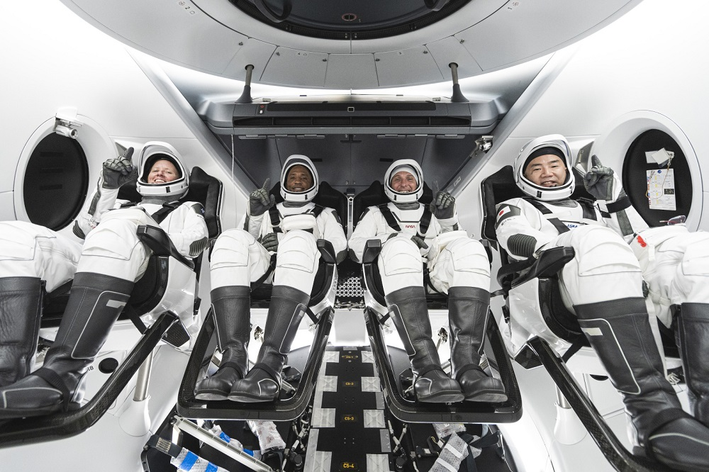NASA astronauts returned to Earth with the SpaceX capsule